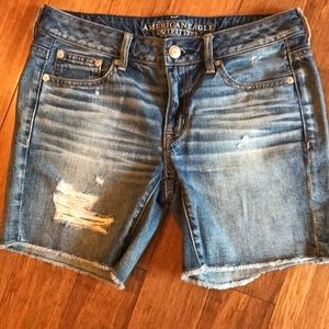 American Eagle jean shorts size 2